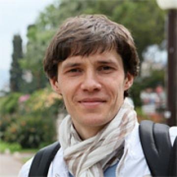Артур Михно